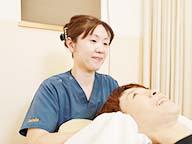 岩倉市ハンズ治療院・整骨院の女性スタッフ